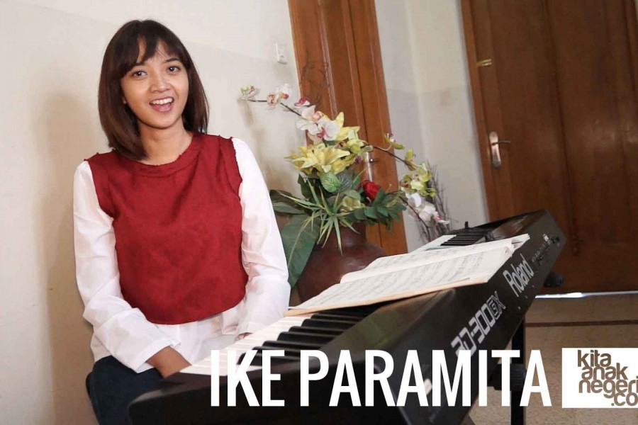Belajar Menyanyi : Ike Paramita – Berlatih Mixvoice