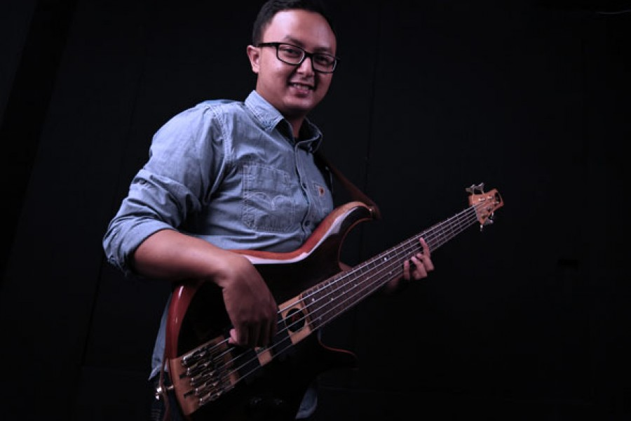 Belajar Bass : Latihan Arpegio dengan mudah – Victor Prabowo