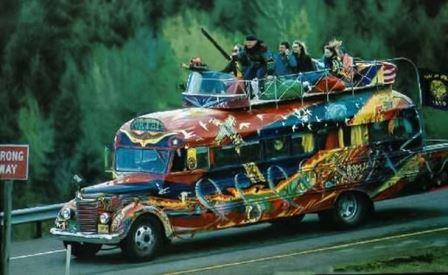Hippies : Subkultur yang Hidup Dengan Musik