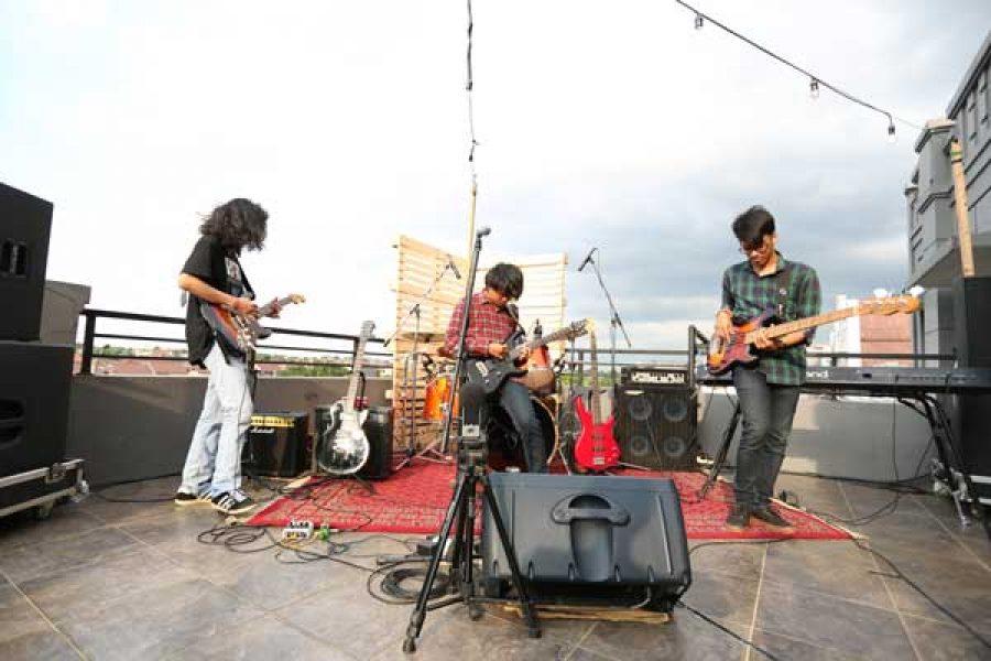 Titik Biru, Math Rock Asal Bogor #musikterasatas