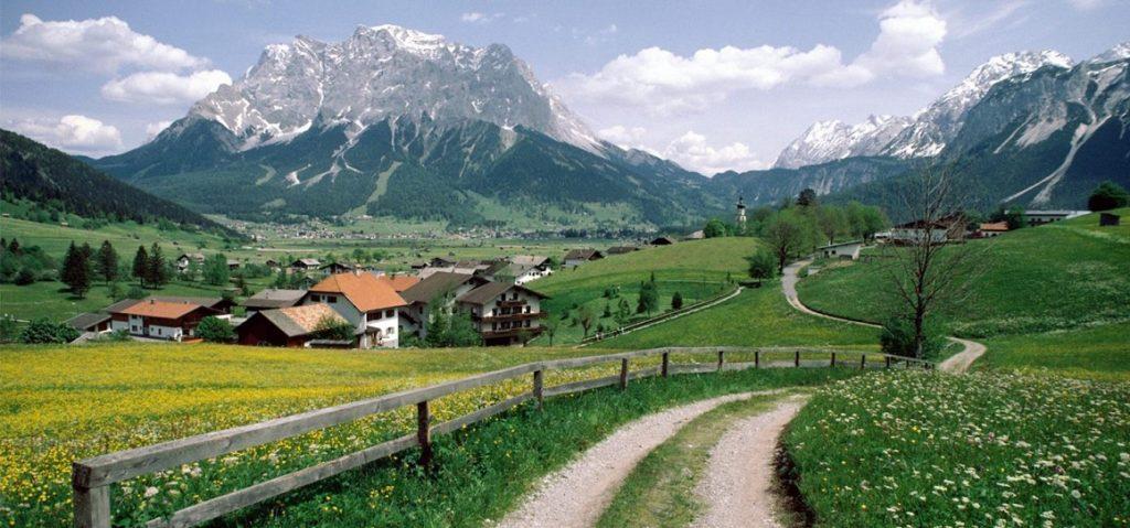 [PlaylistKITA] 7 Lagu yang Akan Mengingatkanmu Tentang Kampung Halaman