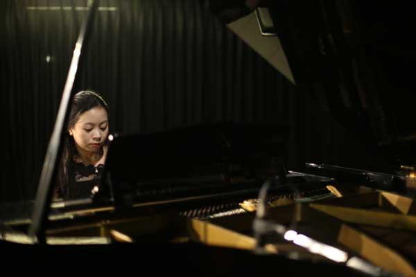 Konser Piano Klasik 2017 : Karina Andjani – Nocturne For a Somnambulist by Ananda Sukarlan