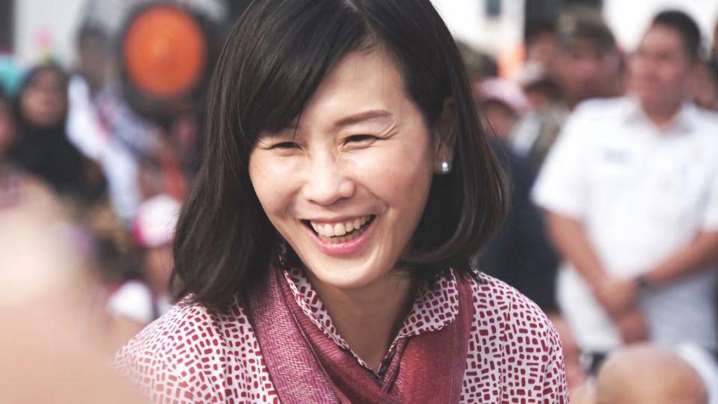 Veronica Tan : Lebih dari Sekedar Istri Gubernur