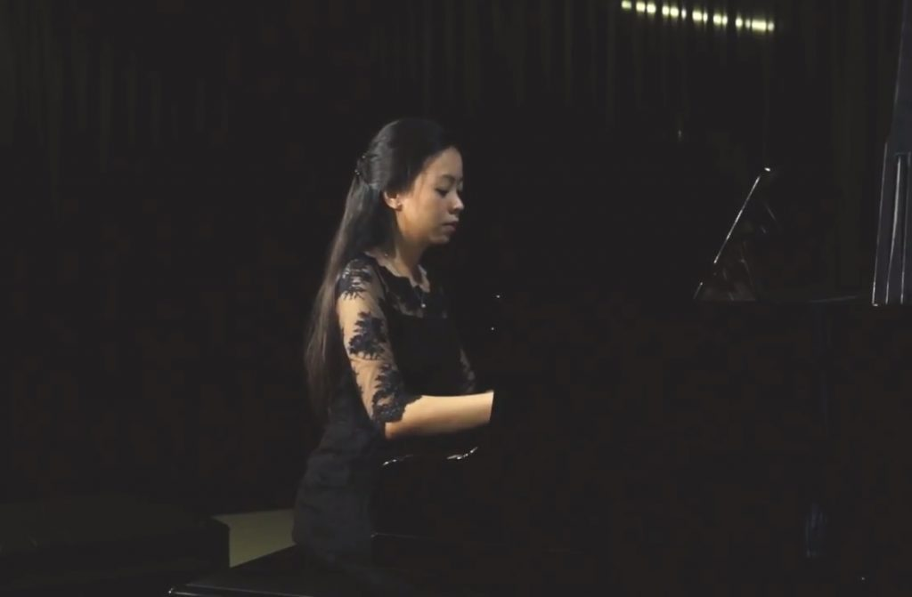 Konser Piano Klasik 2017 : Karina Andjani – Waltz in C-sharp minor, Op. 64, No. 2 by Frédéric Chopin