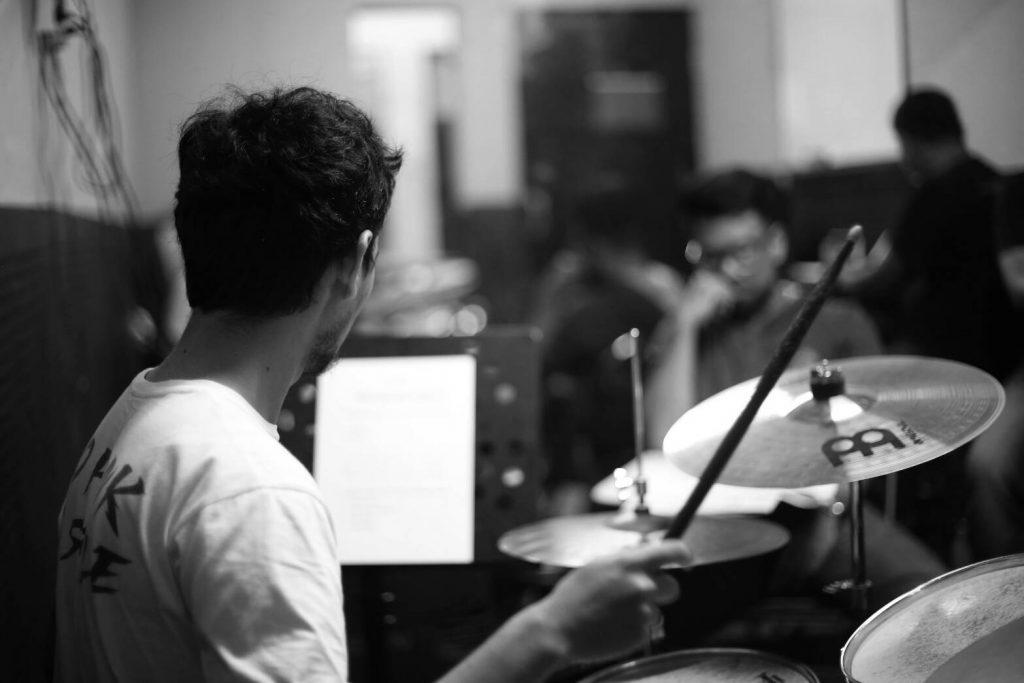 Tiga Hal yang Patut Kamu Pertimbangkan Sebelum Memilih Sekolah Musik