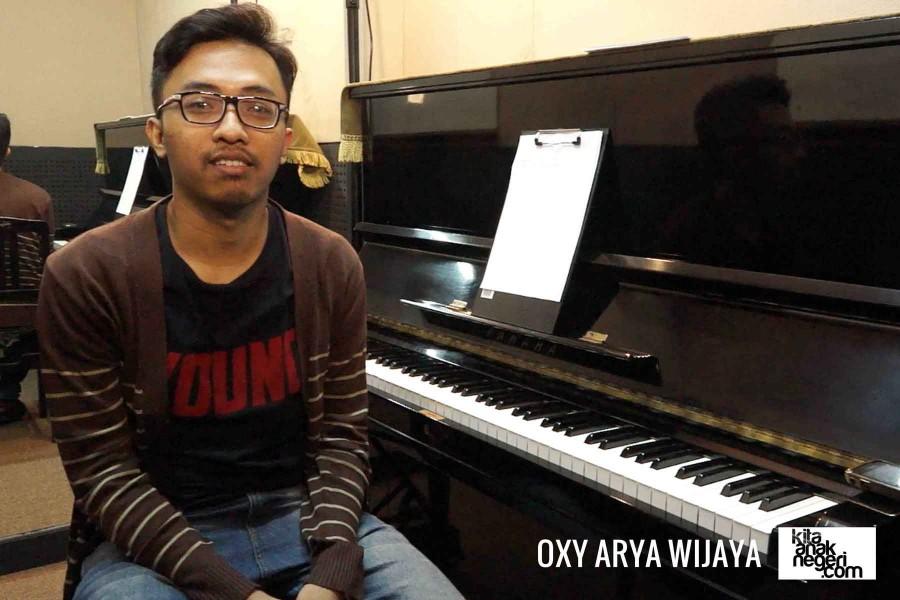 Belajar Piano : Oxy Arya – Arransement sederhana suatu lagu