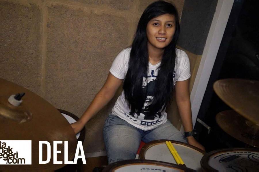 Belajar Drum : Della – Pengajaran musik terhadap anak kecil