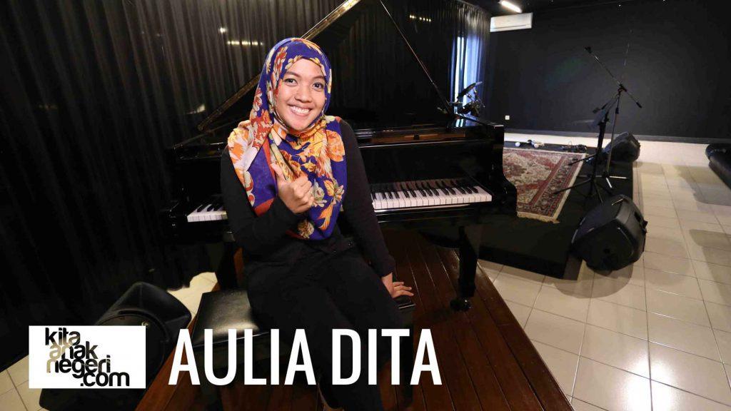 Belajar Menyanyi : Aulia Dita – Melatih Power
