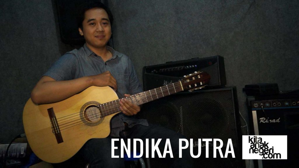 Belajar Gitar : Andika – Chord & Bridge in CM7-Cm7-C11