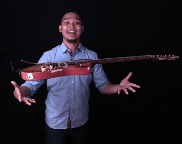 Belajar Gitar Elektrik : Rythm Section – Indra Prasetyo