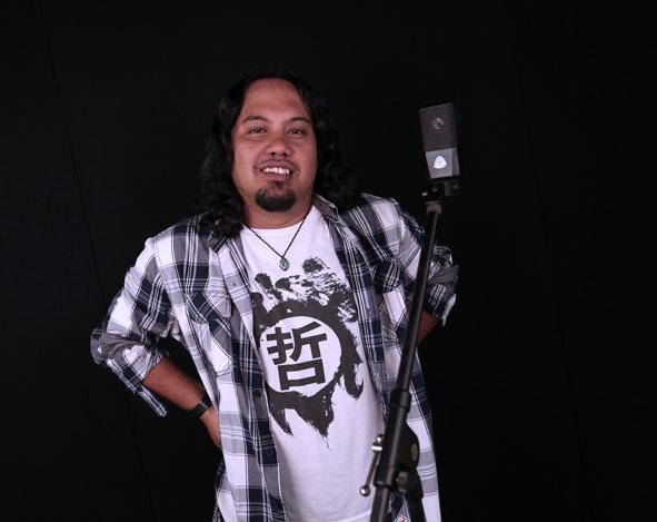 Belajar Menyanyi : lagu pop, dangdut, & campursari – Coco Ramadhan