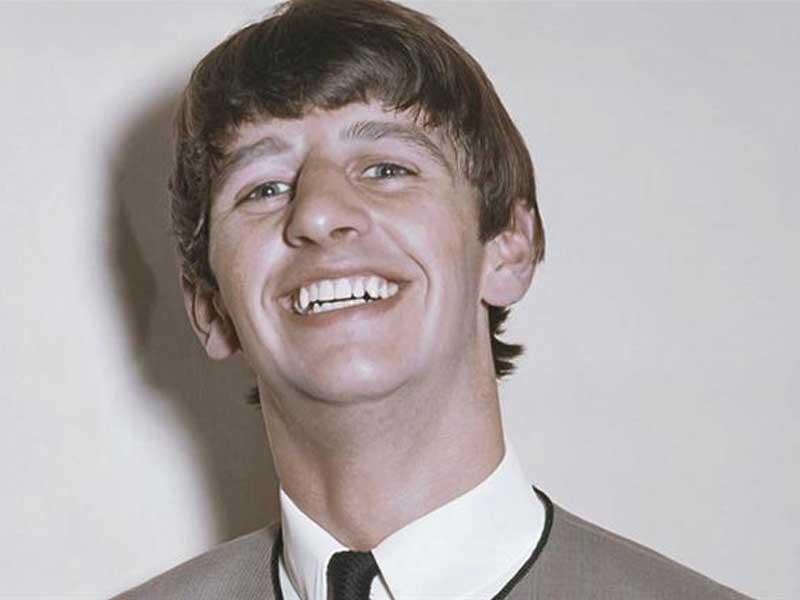 Ringo Starr dari Bawah Menjadi Legenda